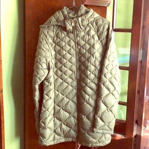 North Face Packable Coat size L Olive